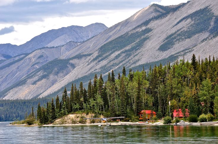Muncho Lake Cabin Bc Val Dewitt S Travel Photography