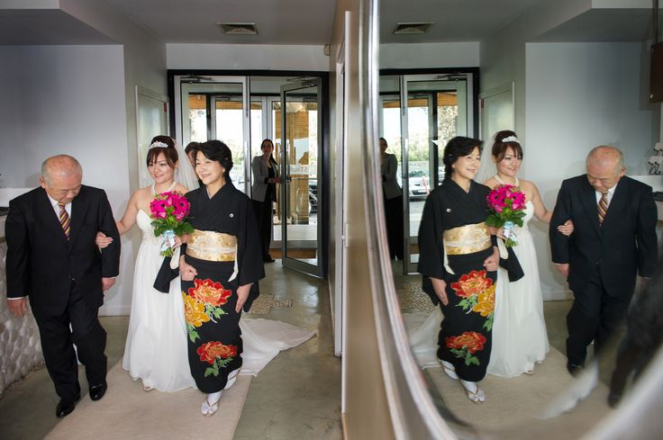 Restaurant ceremony.  A spectacular entrance.
