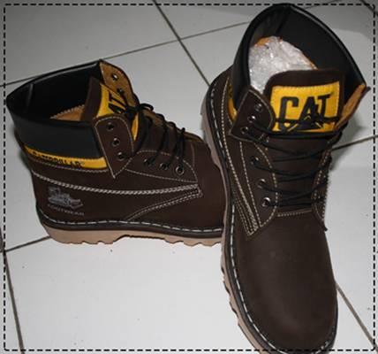 cat boots black