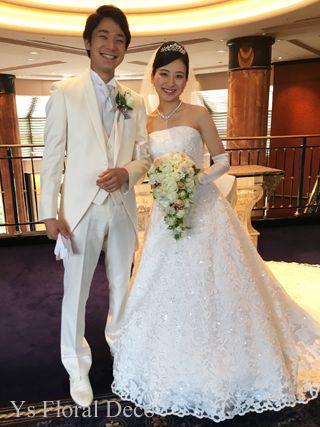 6月に恵比寿のウェスティンホテル東京さんで挙式ご披露宴の新婦さんより、当日のお写真をいただきましたので、ご紹介します。明るい笑顔が素敵なおふたりですね(^...