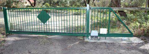 CantileverTrackless Automatic Sliding Gate. The Motorised Gate Company - Melbourne, Australia. Visit us @ www.themotorisedgatecompany.com.au