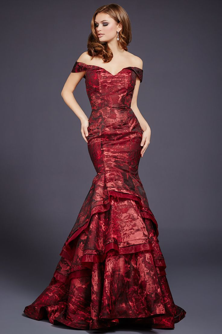 70 best Jovani Evening 2016 images on Pinterest | Formal evening ...