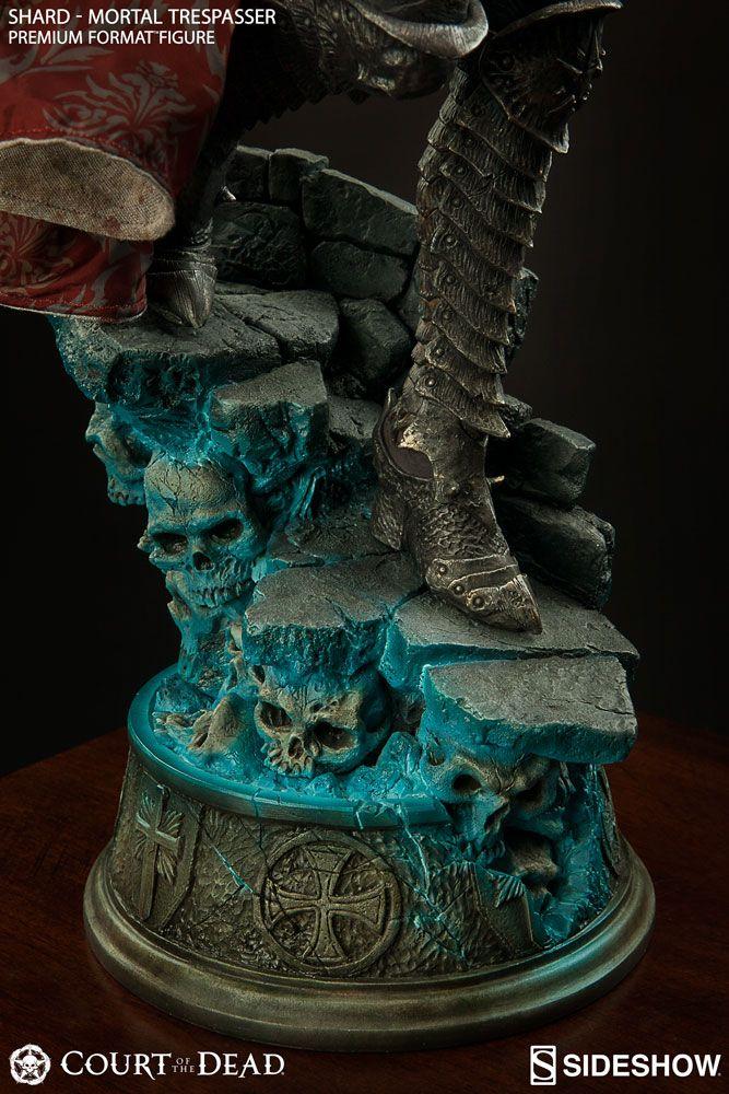 Court of the Dead Shard Mortal Trespasser Premium Format(TM)   Sideshow Collectibles
