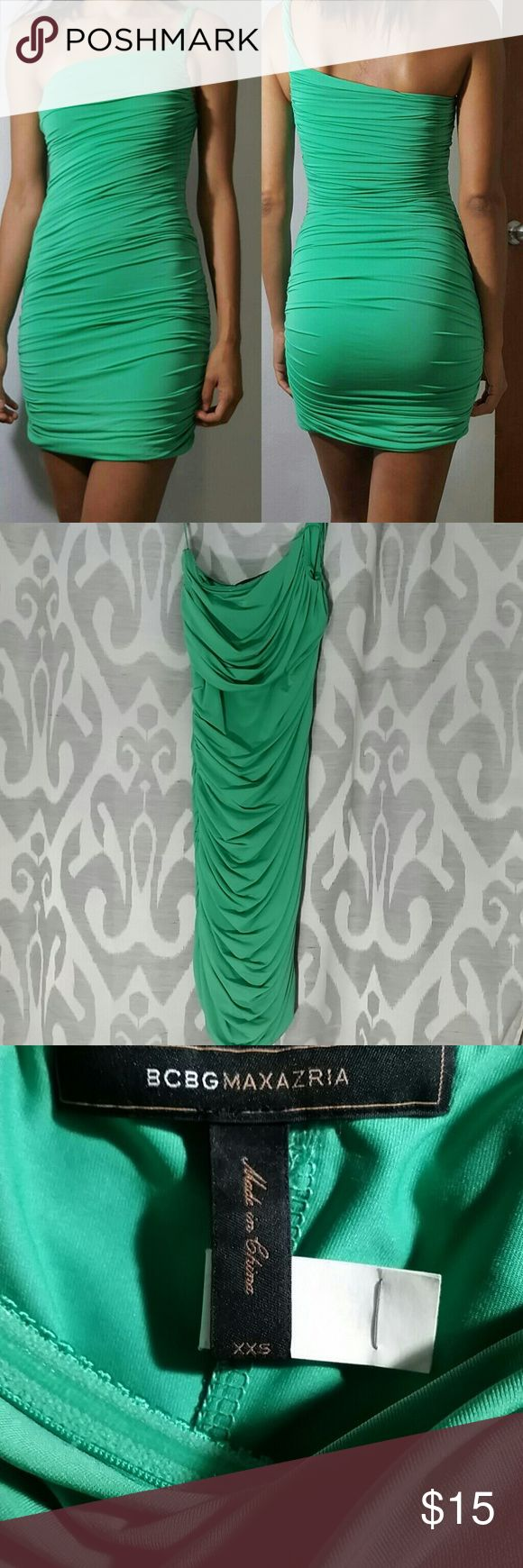 BCBGMAXAZRIA One-Shoulder Jersey Dress One-shoulder neckline beautiful, curve-enhancing cocktail dress. Ruched and Tight Fitting. Kelly Green. Fully lined. BCBGMaxAzria Dresses Mini