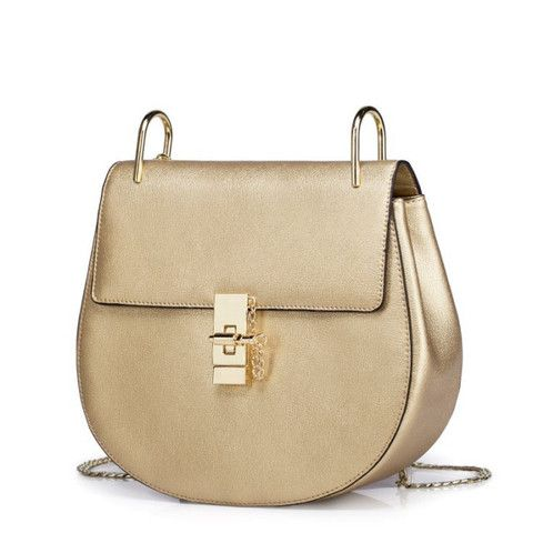 Gorgeous Gold Bag Wiht Chain made in Italy.