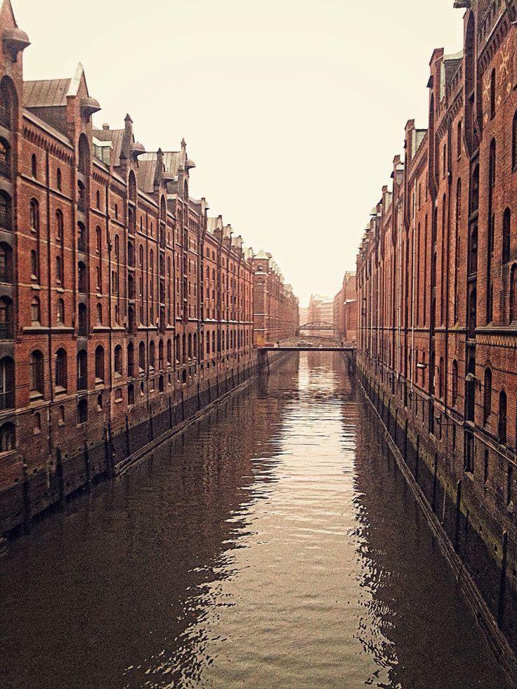 Hamburg, november 2011.