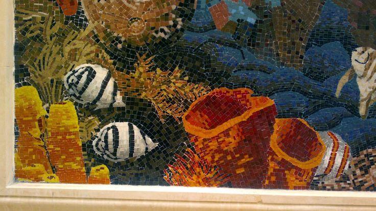 Close mosaic