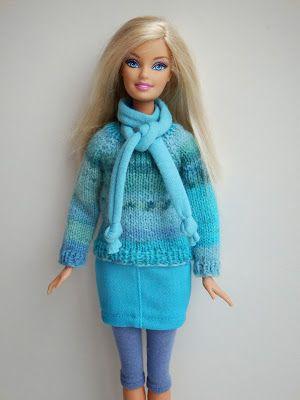 Gebreide trui voor Barbie met rokje, legging en sjaal