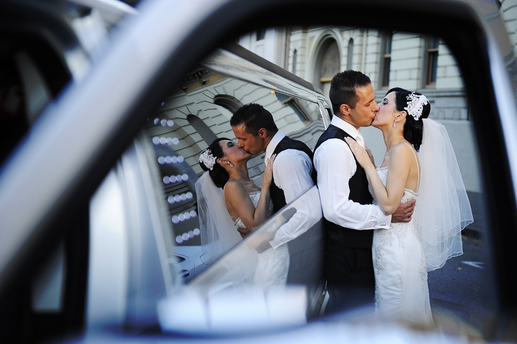 Bridal wedding cars- Enrik Limousines Con Tsioukis of Alex Pavlou Photography
