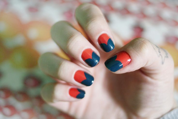 Next time I go to the football, I'm doing this design. They look almost exactly like the Melbourne Demons' jumper <3