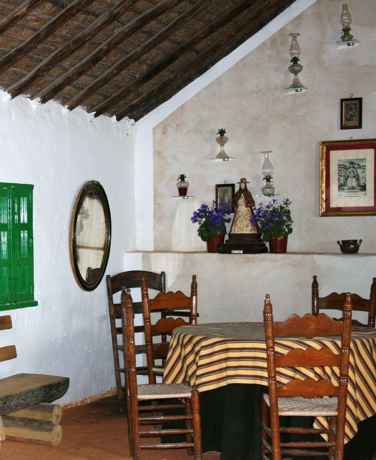 Casa en la aldea del Rocío (Huelva)