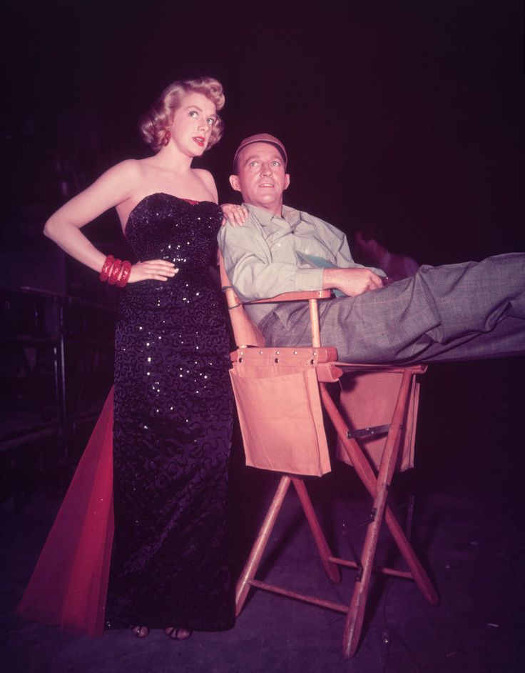 30 Fantastic Movie Costumes by the Legendary Edith Head. Rosemary Clooney & Bing Crosby in White Christmas.