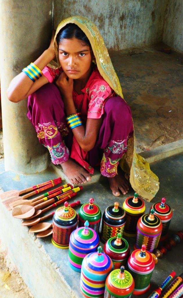 Wood turning, lacquer, Kutch, Khamir, Rann of Kutch, Bhuj, Nirona