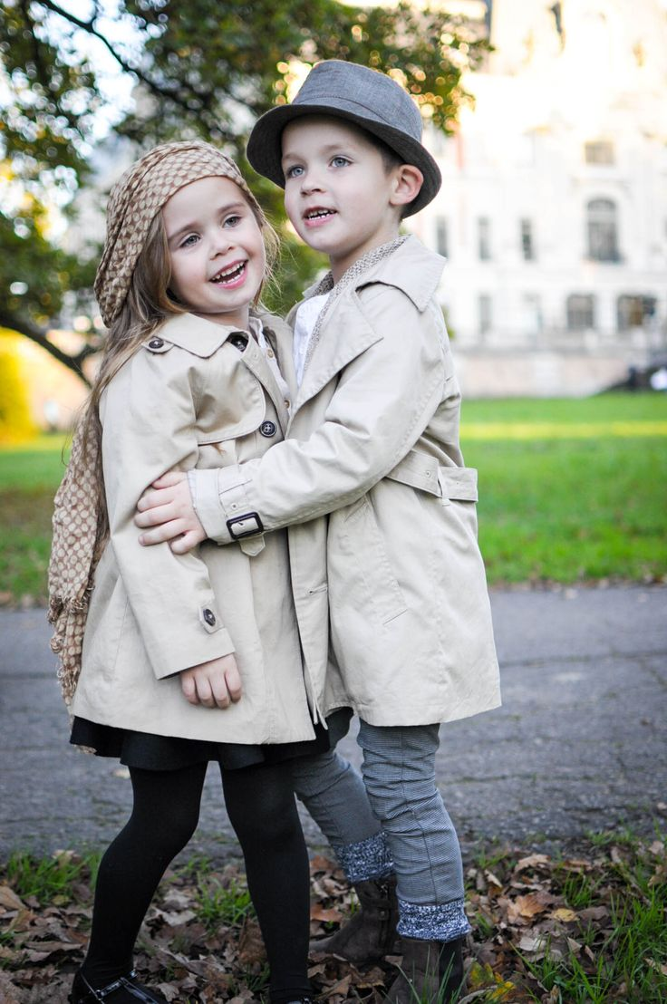 Sister and brother love , fashion kids  www.mybellepapillon.blogspot.com