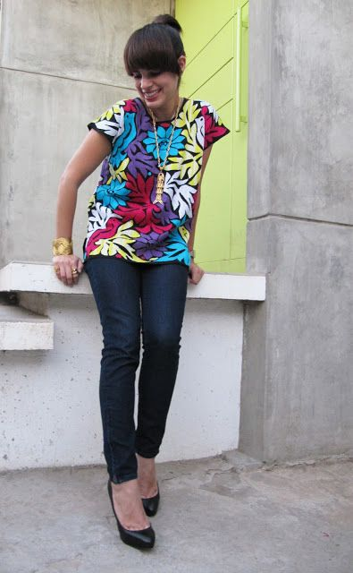 Blusa itzca. You can find more itza blouse styles from Oaxaca at www.chiapasbazaar.com
