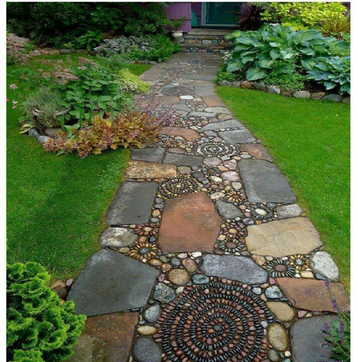 9 best images about creative walkways on pinterest - River stone walkway ideas seven diy projects ...