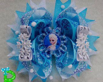 A pair of elsa frozen hair bows Disney loopy by RoshelysBowtique