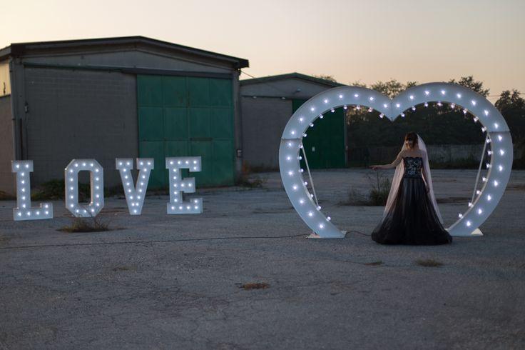 Anche il design Industriale ha un'anima romantica. Un nuovo servizio di noleggio per rendere ancora più speciale il giorno del matrimonio!