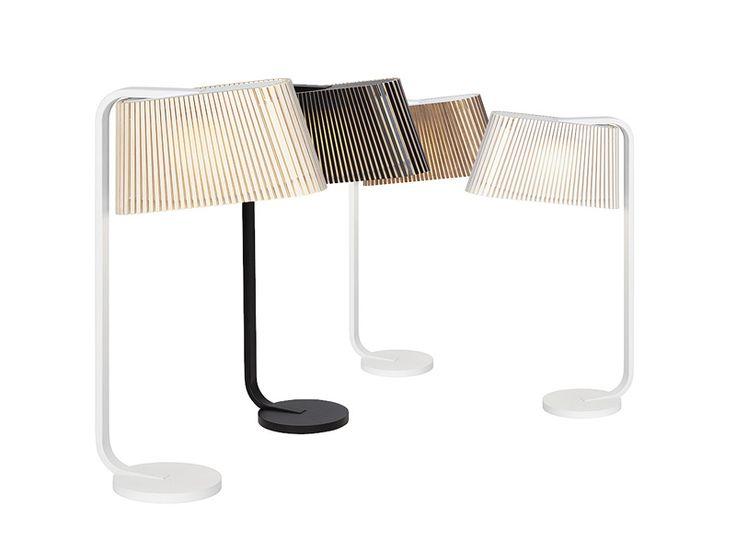 Owalo 7020 to elegancka lampa stołowa, która dzięki swoim wąskim grzbiecie wygląda bardzo dobrze przy łóżku jak i na parapecie.  Lampa Owalo to hand-made z certyfikatem PEFC, wykonana z drewna brzozowego w Finlandii. Każdy egzemplarz to wysokiej jakości produkt wykonany przez wysoko wykwalifikowanych rzemieślników. Drewno brzozowe dodaje delikatnej jasności do wnętrz i atmosfery.