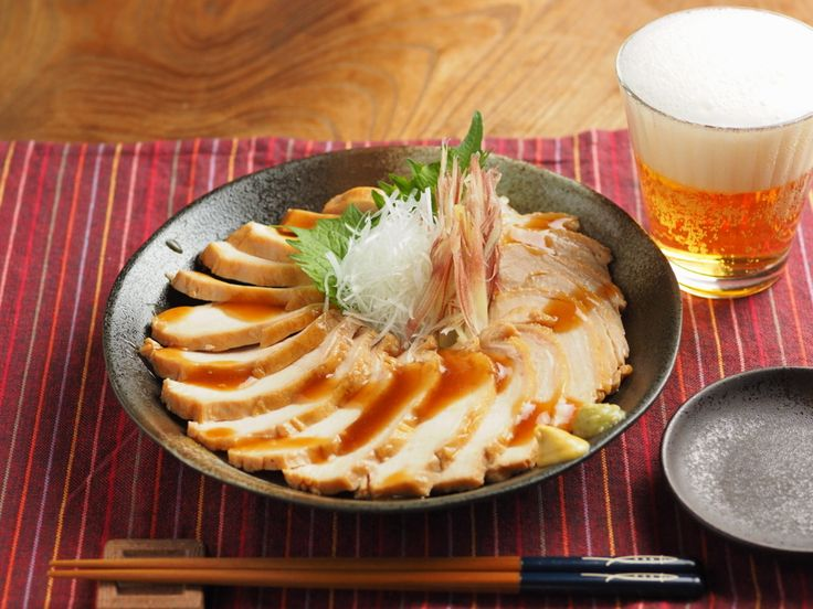 【筋肉料理人】鶏むね肉を鴨ロース風に柔らかジューシーにおいしく料理する方法 - メシ通 - ホットペッパーグルメ