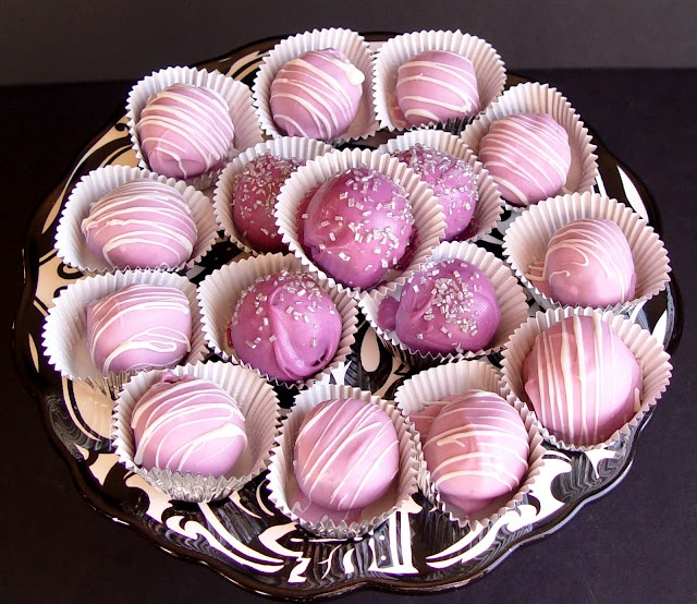 Pretty Oreo Bon Bons. These taste divine and are super easy to make. RED?