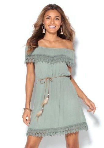 Šaty s lodičkovým výstřihem a krajkou #ModinoCZ #offshoulders #šaty #styl