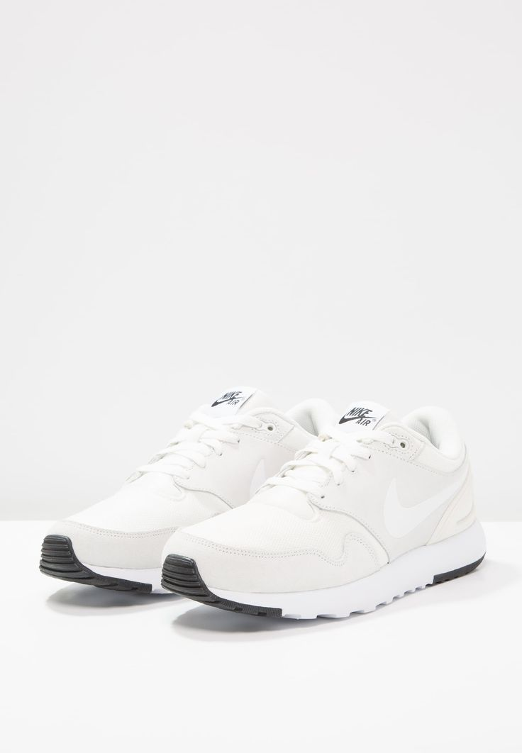 Schoenen Nike Sportswear AIR VIBENNA - Sneakers laag - summit white wit: € 74,95 Bij Zalando (op 1-5-17). Gratis bezorging & retournering, snelle levering en veilig betalen!