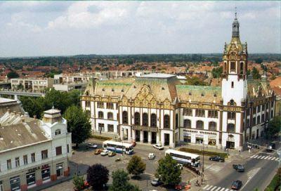 I bet you like it. Kiskunfélegyháza, my hometown.