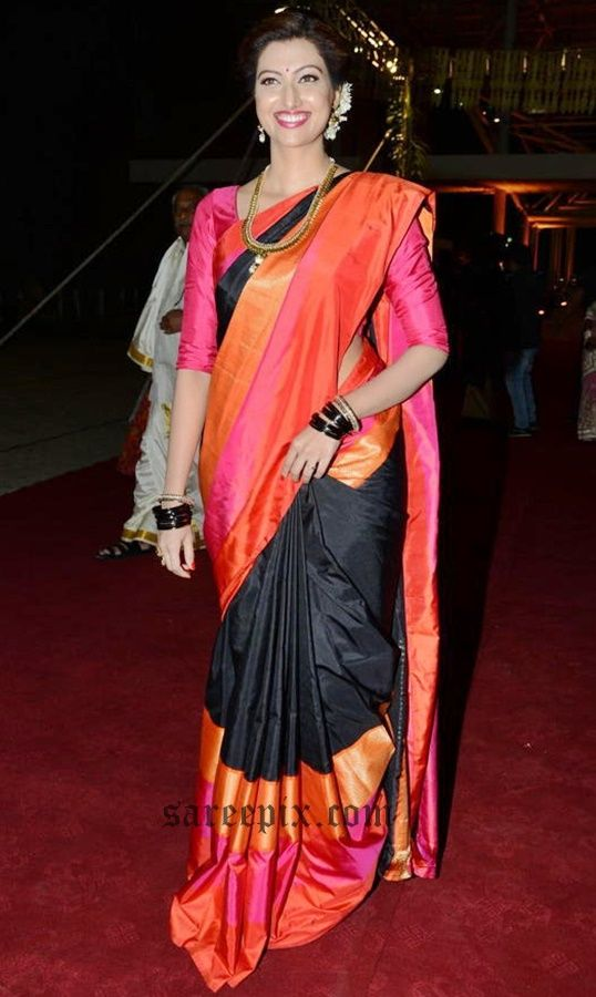 Hamsa-Nandini-black-pink-silk-saree-PVP-daughter-half-saree-ceremony