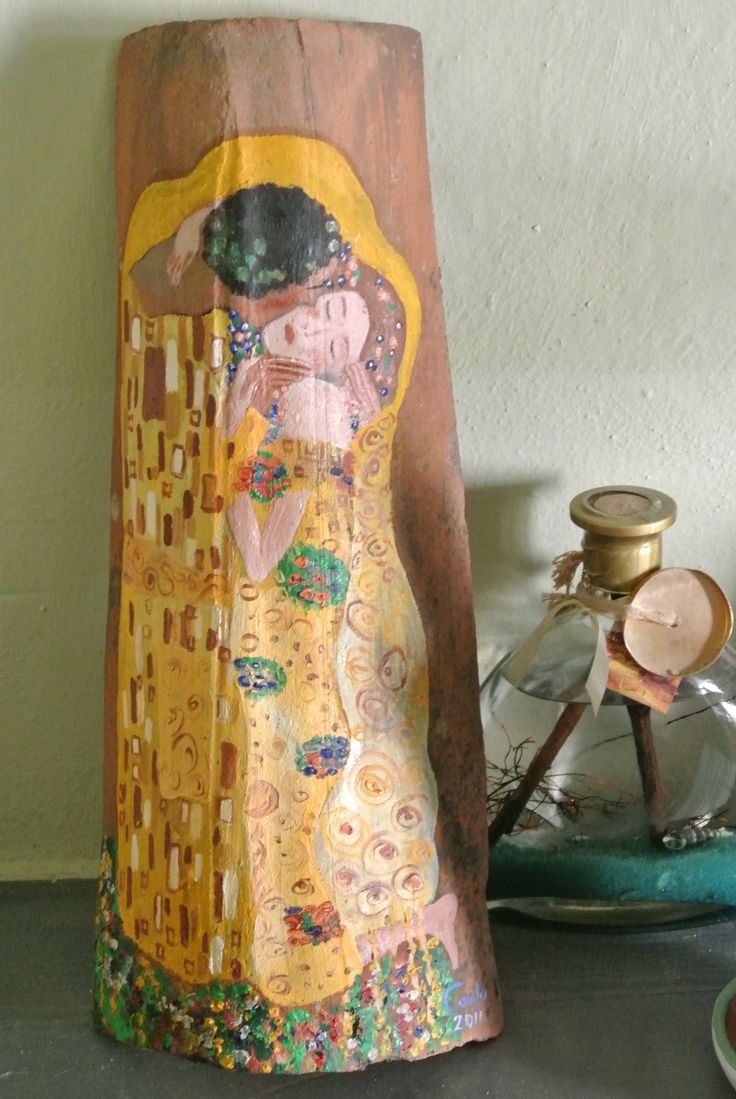 """""""Il bacio di Klimt"""" olio, colori a cera su tegola... scopri la mia arte su http://www.arch-garden.it/la-mia-arte.html"""