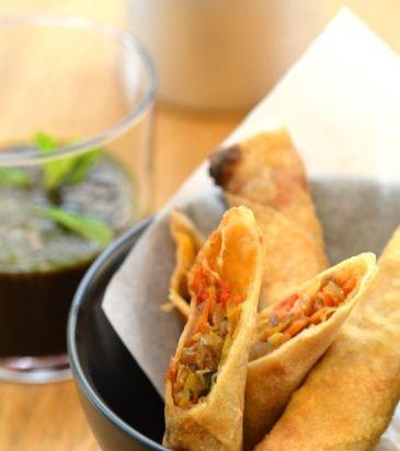 Σπρινγκ ρολς με λαχανικά, γαρίδες και σάλτσα σόγια-τζίντζερ | Γιάννης Λουκάκος