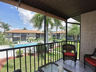 For+Business+or+Pleasure?+This+Fort+Myers+Condo+Can+Accommodate+Both!+++Vacation Rental in Florida South Central Gulf Coast from @homeaway! #vacation #rental #travel #homeaway