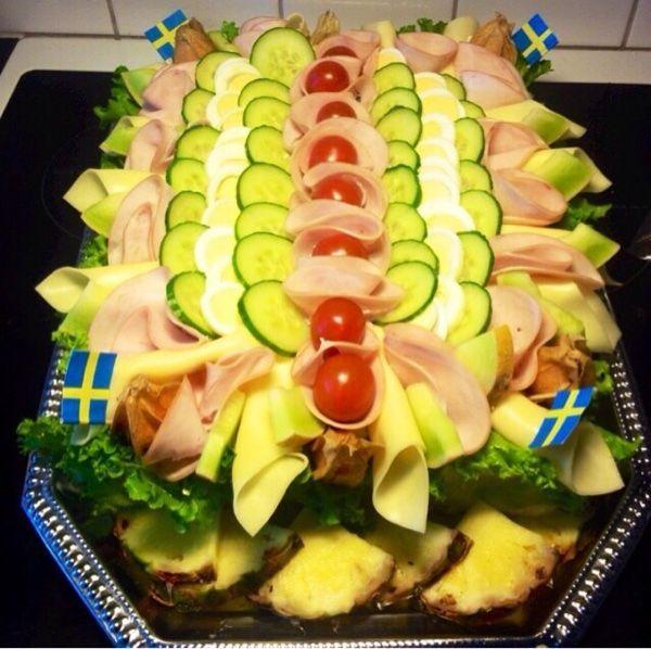 Snilleskök - Smörgåstårta med skinka (kalkon)