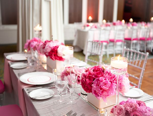 pink floral tablescape | photographed by http://4eyesphotography.com/