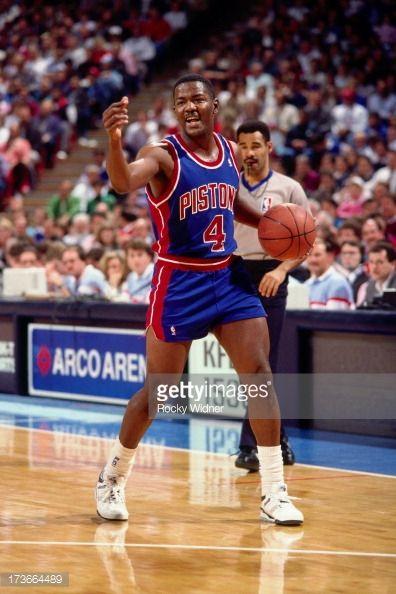 Fotografia de notícias : Joe Dumars of the Detroit Pistons handles the...