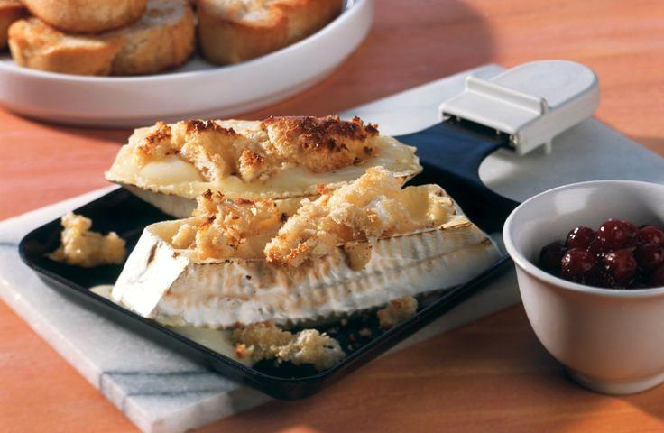 Camembert-Raclette   Kalorien: 752 Kcal - Zeit: 20 Min.   http://eatsmarter.de/rezepte/camembert-raclette