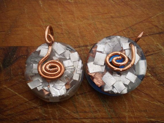 Healing energy orgonite pendant reiki emf by Artgalleryraka