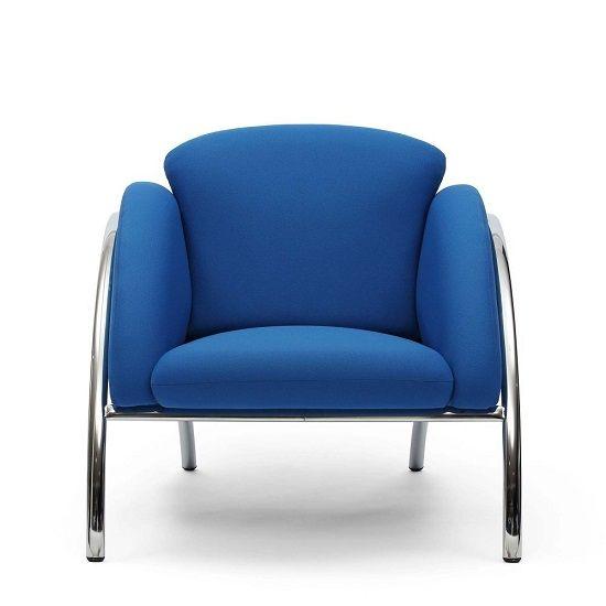 """Iti doresti un living modern? Fotoliul Cumulus este un """"must-have"""" al interioarelor originale si inedite, fiind o alegere excelenta pentru orice spatiu in tendinte. #SomProduct #InspiringComfort #design #home #blue #armchiar #fotoliu"""