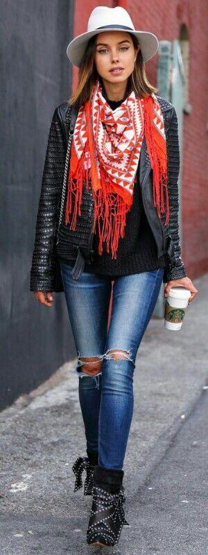 A Pop of Red • Vivaluxury  • Street CHIC • ❤️ Babz ✿ιиѕριяαтισи❀ #abbigliamento