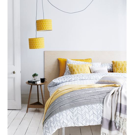 Smart ideas for Bedrooms. The 25  best Gray yellow bedrooms ideas on Pinterest   Yellow gray
