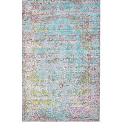 This Turkish Boston rug is made of polypropylene. This rug is easy-to-clean, stain resistant, and does not shed.