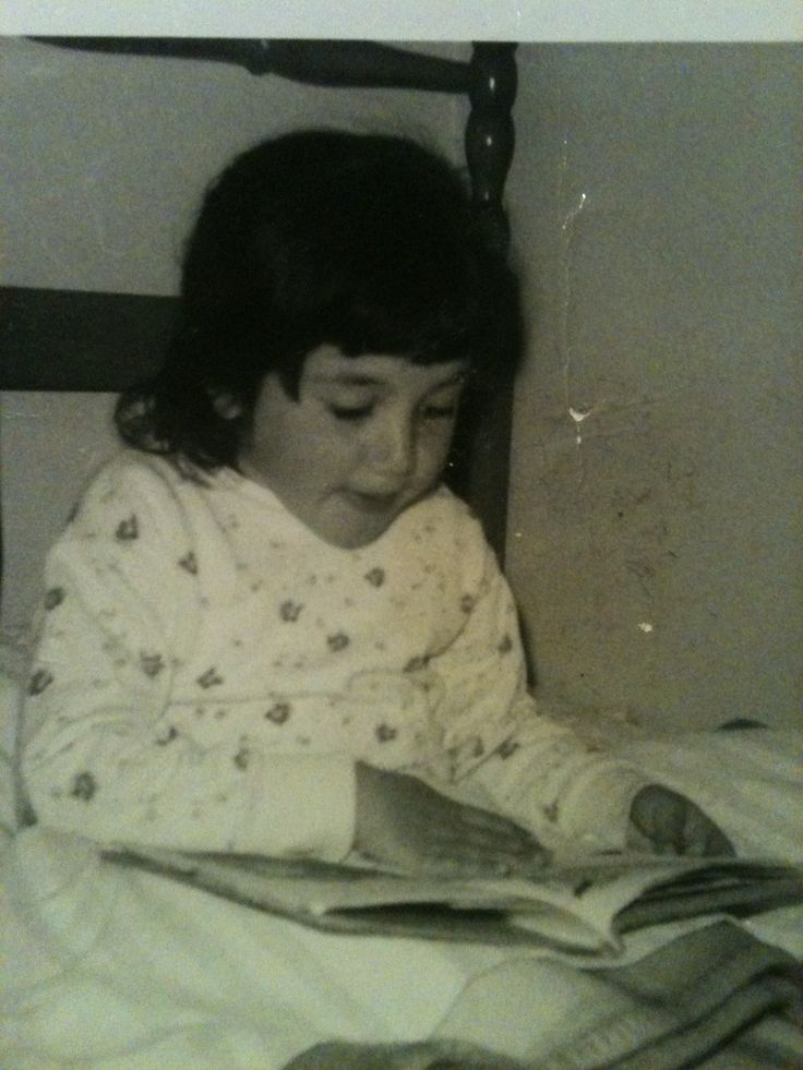 Little Stephanie reading