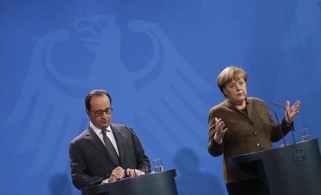 """Uni Eropa perpanjang sanksi untuk Rusia  Konselir Jerman Angela Merkel dan Presiden Prancis Francois Hollande (Arabnews)  Uni Eropa pada Senin (19/12) memutuskan untuk memperpanjang masa sanksi ekonomi terhadap Rusia atas intervensinya di Ukraina. Para pemimpin UE telah merencanakan hal tersebut sejak pertemuan minggu lalu namun baru dikonfirmasi oleh dewan UE pada awal pekan ini. """"Dewan memperpanjang sanksi ekonomi pada sektor-sektor tertentu dalam ekonomi Rusia hingga 31 Juli 2017"""" ujar…"""