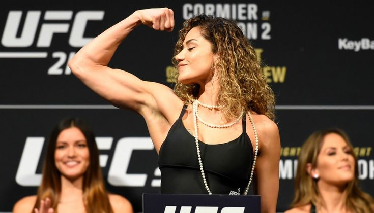 Pearl Gonzalez was pulled out of UFC Debut then reinstated.