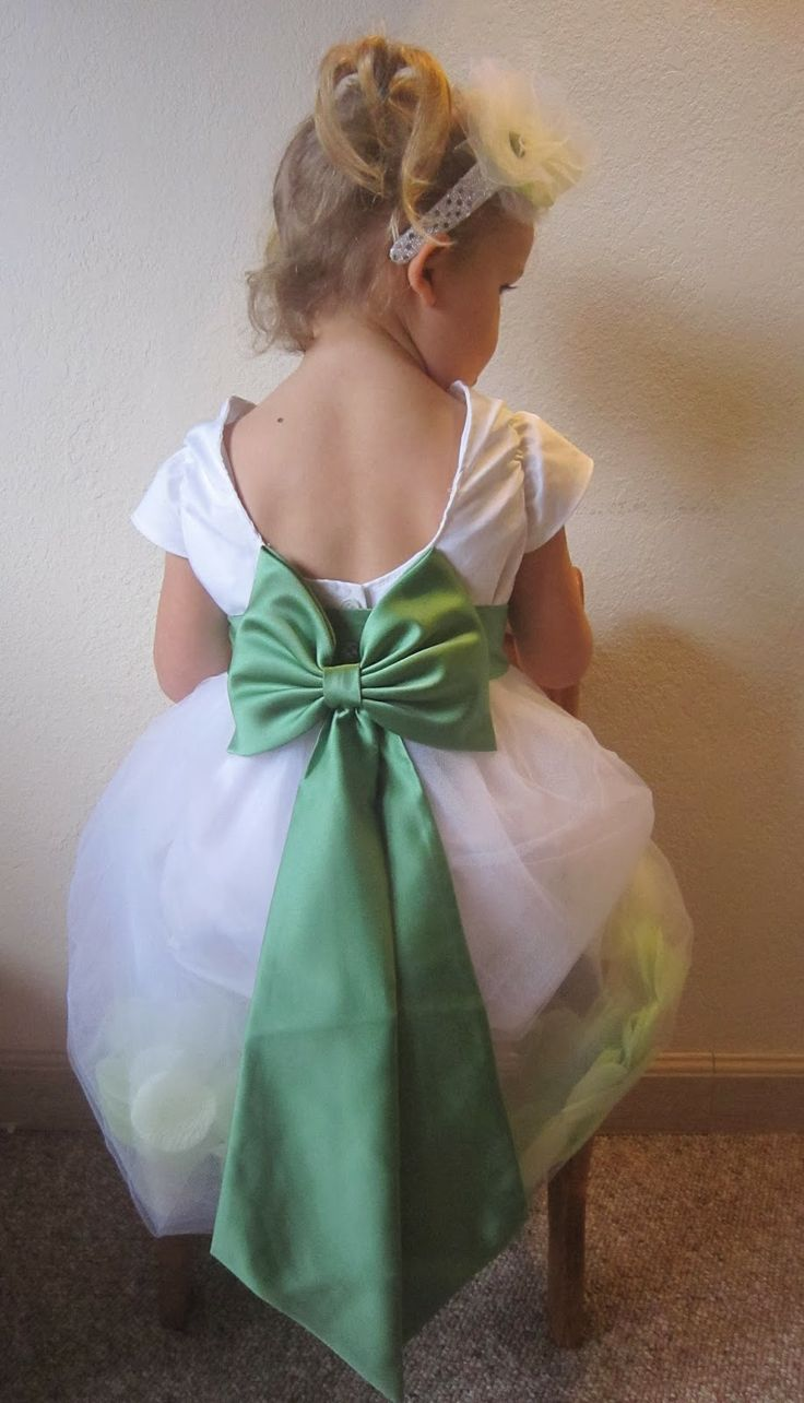 25 best flower girl dress patterns ideas on pinterest little confessions of a barefoot housewife confession 41 i love patterns eymm kenzies flower girl dress ombrellifo Choice Image