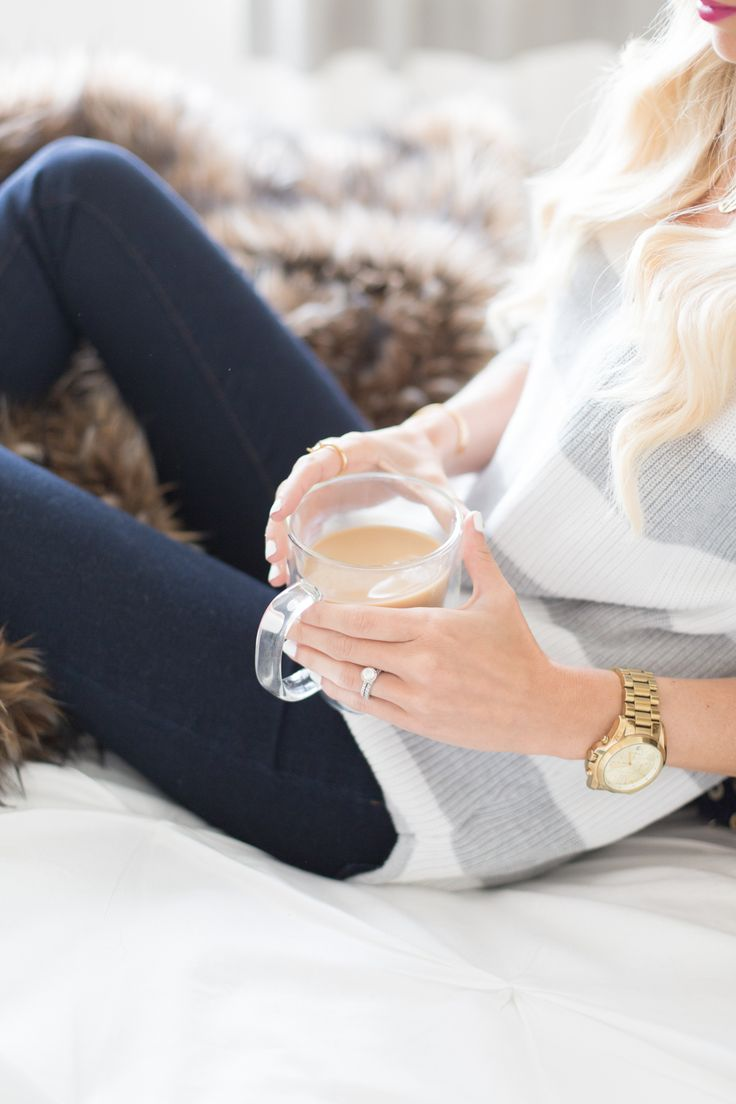 Coffee in bed Relaxing Photos, Coffee In Bed, Coffee Girl, Mckenna Bleu, Style Me Pretty Living, A Perfect Day, Life Is Beautiful, Autumn Winter Fashion, Fall Fashion
