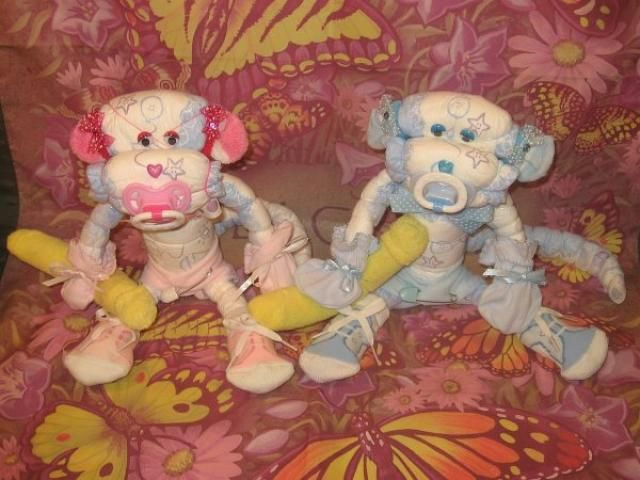 monkey diaper cake ideas | Diaper Cake Instructions, DiaperZoo.com, baby Showers, diaper Cakes ...