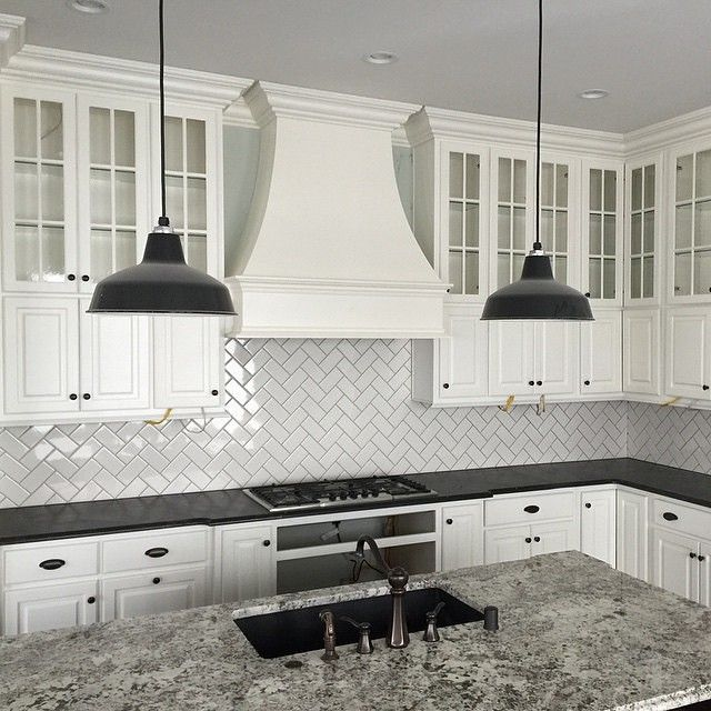 White Tile Kitchen Splashback #splashbacks