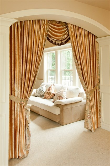 7 best images about fleurs rococo swag valance window for Celuce curtains