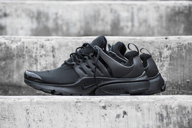 NIKE-AIR-PRESTO-(TRIPLE-BLACK)